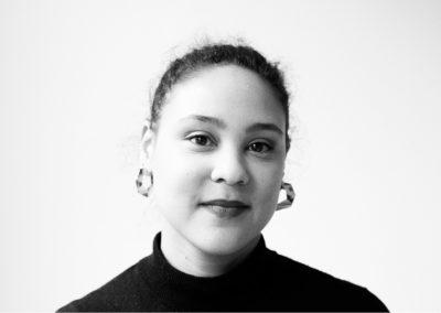 Cindy Olohou, commissaire d'exposition